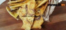 Cotto e mangiato - Farinata con cipolla e origano ricetta Tessa Gelisio