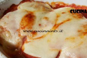 Cotto e Mangiato | Involtini di verza con salsiccia e zucca ricetta Tessa Gelisio