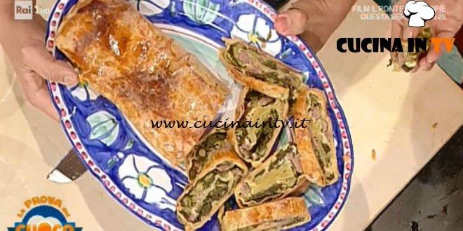 La Prova del Cuoco | Strudel salato con salsicce e cime di rapa ricetta Simone Ferri Graziani