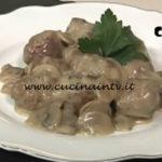 Polpette con crema di funghi ricetta Tessa Gelisio da Cotto e Mangiato