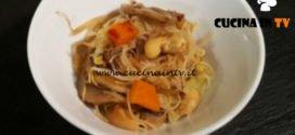 Cotto e mangiato - Spaghetti di riso alle verdure ricetta Tessa Gelisio