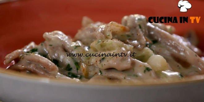 Uno chef in fattoria - ricetta Pizzoccheri di Roberto Valbuzzi
