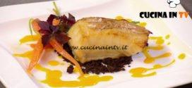 Natale in cucina con Food Network - ricetta Baccalà su crumble di cioccolato salato e carote di Ernst Knam