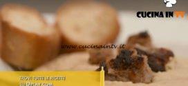 L'Italia a morsi - ricetta Crema di ceci con salsiccia di Pignone di Chiara Maci