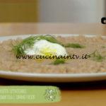 Il gusto della felicità-Riso semintegrale con barbabietola e caprino fresco ricetta Marco Bianchi