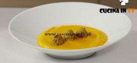 Il gusto della felicità - ricetta Vellutata di zucca con polpette di quinoa lenticchie e curry di Marco Bianchi