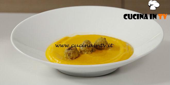 Il gusto della felicità | Vellutata di zucca con polpette di quinoa lenticchie e curry ricetta Marco Bianchi