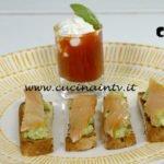Crostini con crema di avocado e salmone affumicato ricetta Marco Bianchi da Il gusto della felicità