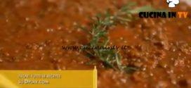 L'Italia a morsi - ricetta Lenticchie con sbriciolata di salsicce di Chiara Maci