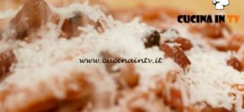 L'Italia a morsi - ricetta Bucatini all'amatriciana di Chiara Maci