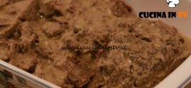 L'Italia a morsi - ricetta Manzo all'olio con polenta rossa di Chiara Maci