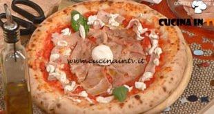 Pizza con il cornicione ripieno ricetta Gino Sorbillo da La Prova del Cuoco