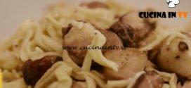 L'Italia a morsi - ricetta Tajarin ai funghi di Chiara Maci