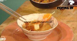 Geo - ricetta Crema di zucca con gamberoni all'arancia e crostini al curry di Alessia Uccellini