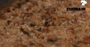 L'Italia a morsi - ricetta Orzotto ai funghi gratinato di Chiara Maci
