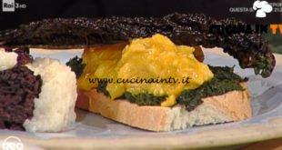 Geo - ricetta Pollo al curry e fette di cavolo nero croccanti di Alessia Uccellini