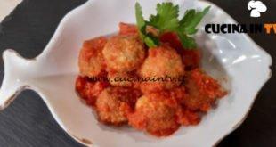 Cotto e mangiato - Polpette in umido con le sarde ricetta Tessa Gelisio