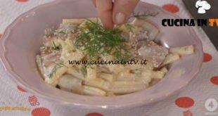 Ricette all'italiana - ricetta Pasta con pere robiola e gorgonzola di Anna Moroni