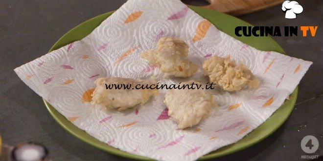 Ricette all'italiana - ricetta Sciatt di Anna Moroni