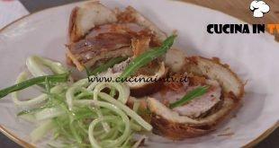 Ricette all'italiana - ricetta Filetto di maiale in crosta di pane di Anna Moroni