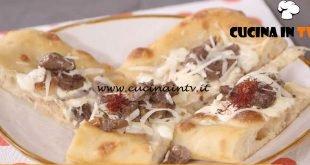 Ricette all'italiana - ricetta Pizza abruzzese di Anna Moroni