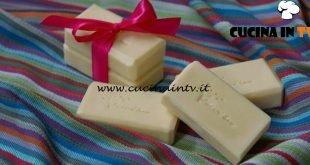 Fatto in casa per voi - ricetta Sapone all'olio di oliva di Benedetta Rossi
