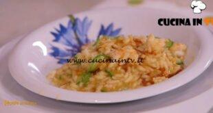 Ricette all'italiana - ricetta Risotto con fiori di zucchine e gamberi di Anna Moroni
