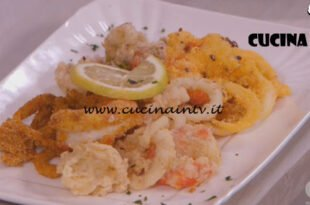 Ricette all'italiana - ricetta Frittura di calamari e gamberi di Anna Moroni
