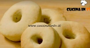 Fatto in casa per voi - ricetta Biscotti alla panna di Benedetta Rossi
