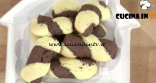 Quel che passa il convento - ricetta Biscotti intrecciati al cacao