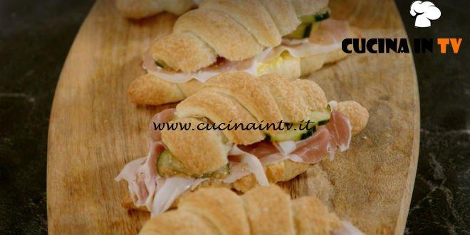 Pane Olio e Fantasia - ricetta Croissant salati farciti di Enrica Della Martira