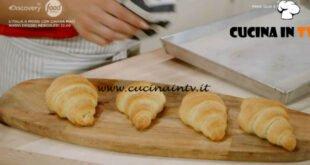 Pane Olio e Fantasia - ricetta Croissant salati di Enrica Della Martira