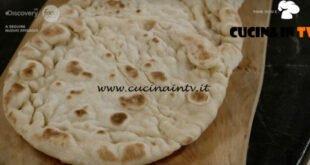 Pane Olio e Fantasia - ricetta Focaccine in padella di Enrica Della Martira