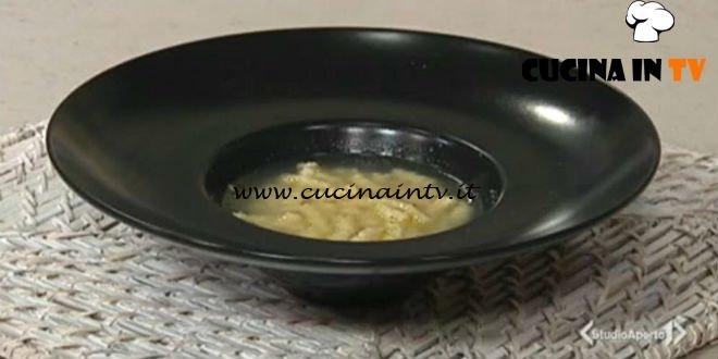 Cotto e mangiato - Passatelli in brodo ricetta Tessa Gelisio