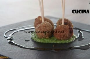Ricette all'italiana - ricetta Polpette di bollito con salsa verde di Anna Moroni