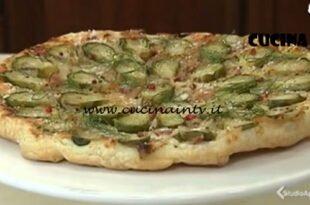 Cotto e mangiato - Torta salata rovesciata con cavolini di Bruxelles ricetta Andrea Mainardi