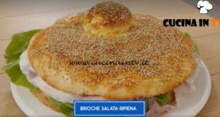 Giusina in cucina - ricetta Brioche salata ripiena di Giusina Battaglia