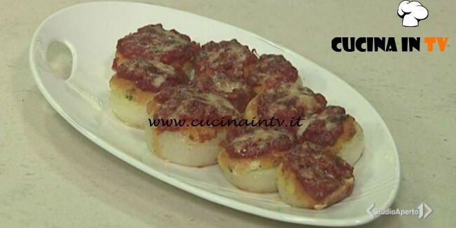 Cotto e mangiato - Cipolle ripiene di Carloforte ricetta Tessa Gelisio