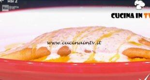 Detto Fatto - ricetta Crepes soufflè su crema di carote e formaggio di Cesare Marretti