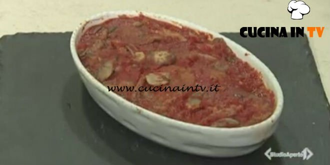 Cotto e mangiato - Fettine in umido con funghi ricetta Tessa Gelisio