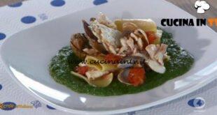Ricette all'italiana - ricetta Paccheri con cime di rapa ricciola e vongole di Anna Moroni