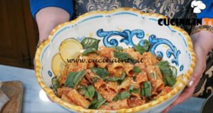 In cucina con Imma e Matteo - ricetta Ziti spezzati allardiati