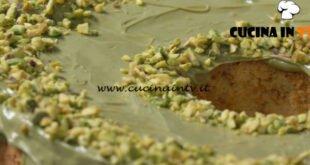 Fatto in casa per voi - ricetta Chiffon cake al pistacchio di Benedetta Rossi