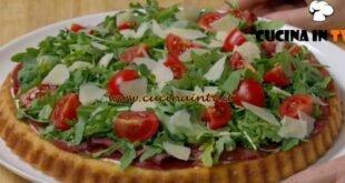 Fatto in casa per voi - ricetta Crostata salata soffice di Benedetta Rossi