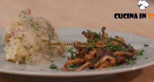 L'Italia a morsi - ricetta Polenta di patate con funghi e tonco di Santingol di Chiara Maci
