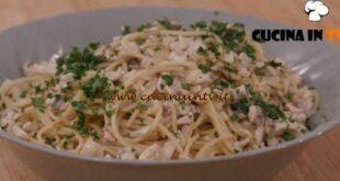 L'Italia a morsi - ricetta Spaghetti con ragù di lago di Chiara Maci