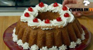 Fatto in casa per voi - ricetta Torta babà di Benedetta Rossi