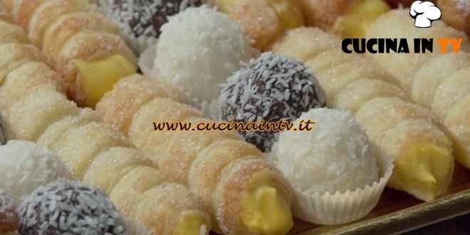 Fatto in casa per voi - ricetta Cabaret di pasticcini di Benedetta Rossi