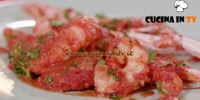 L'Italia a morsi - ricetta Scampi e gamberi alla busara di Chiara Maci