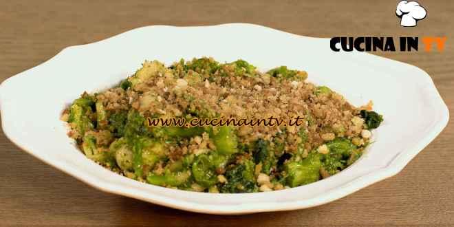 Una Macàra ai fornelli - ricetta Orecchiette con cime di rapa di Daniela Montinaro